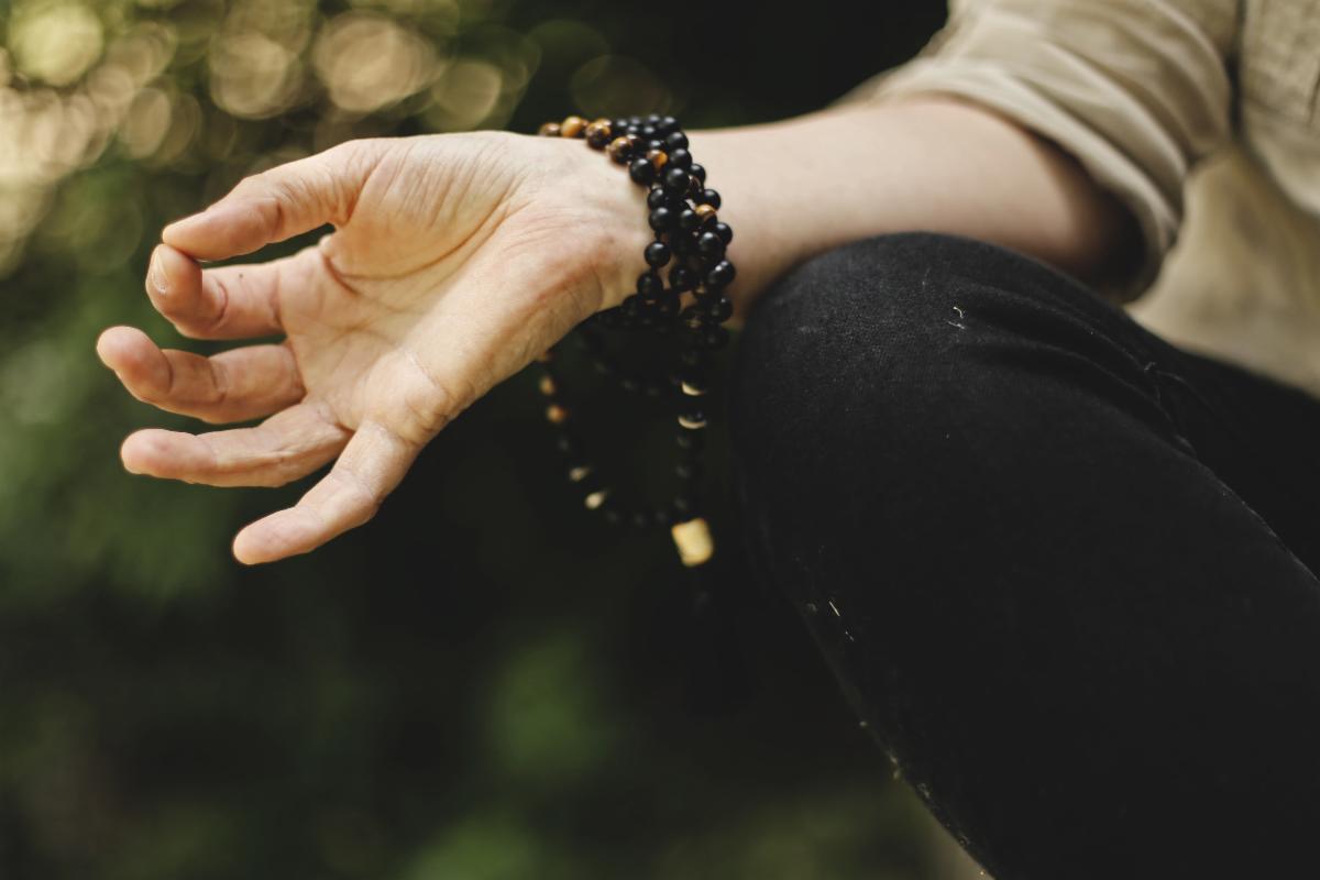 mudra hand