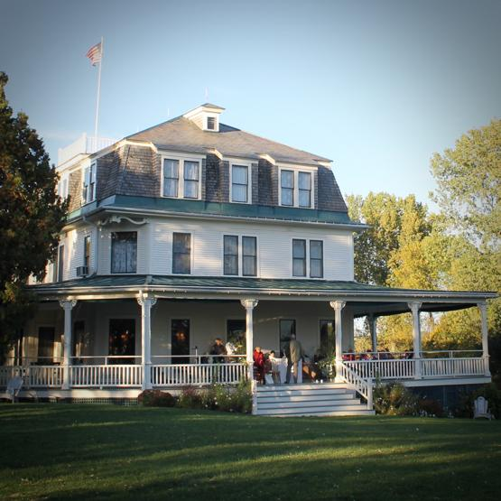 Grand Isle Lake House