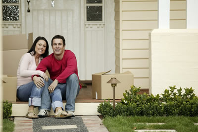 moving-couple-home.jpg