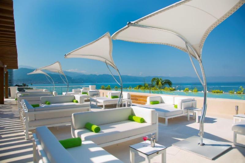 Hilton PVR lounge