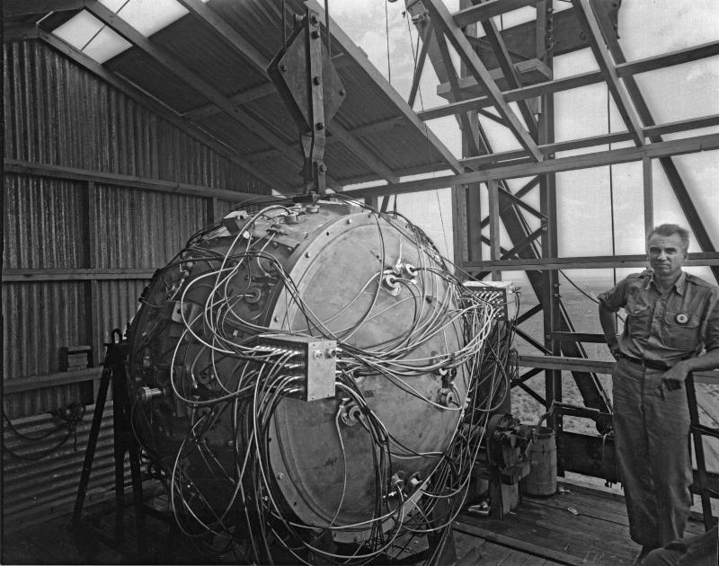 """The """"Gadget"""" nuclear device on top of the Trinity Test tower with Norris Bradbury before the Trinity Test"""