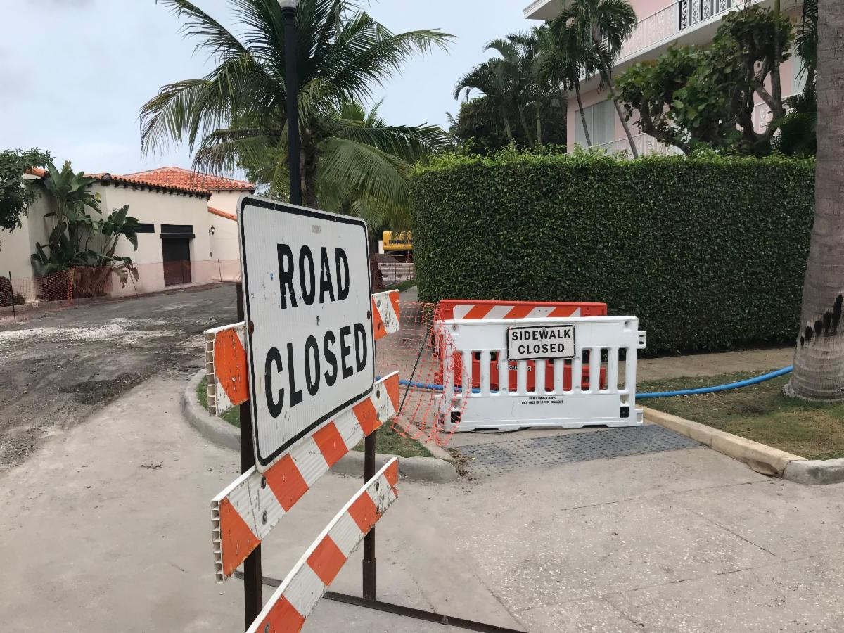 Worth Ave closed for road work