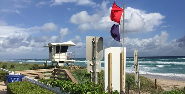 red flag beach day