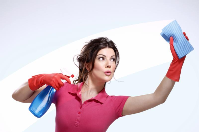 woman_cleaning_windows.jpg