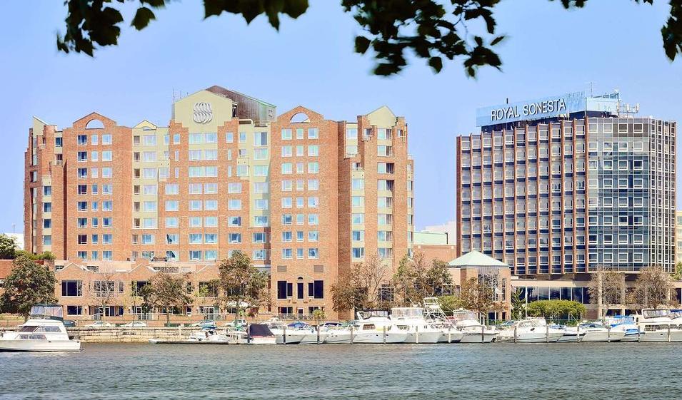 Image of exterior of Royal Sonesta Hotel