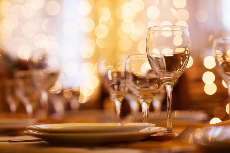 wine_served_table.jpg