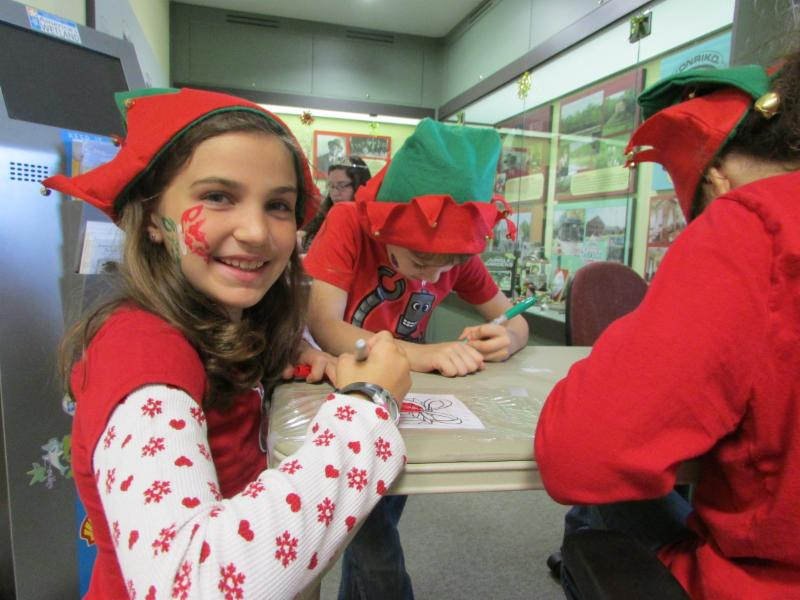 Very Berry Christmas Crafts