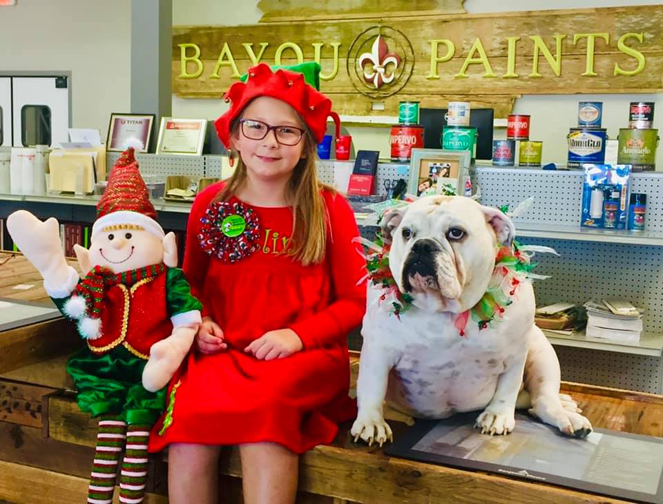 Verry Berry Christmas Quest mascot and Elin at Bayou Paints