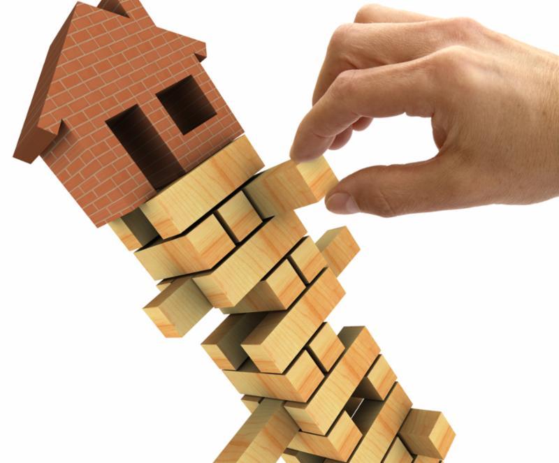 housing_market_collapse.jpg