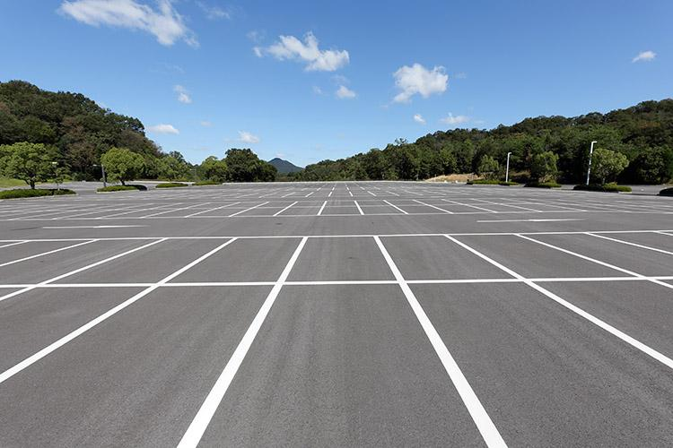 image of parking lot