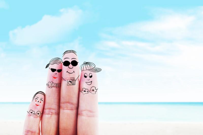 hand_family_beach.jpg