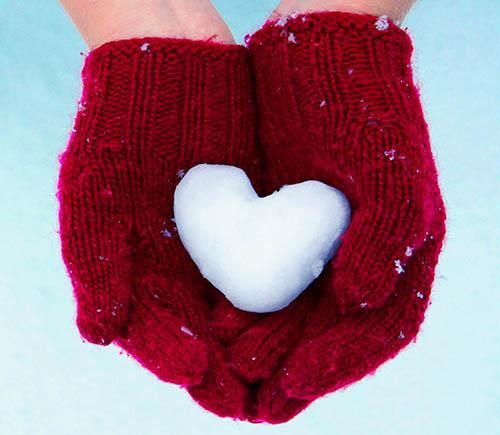 a snowy heart