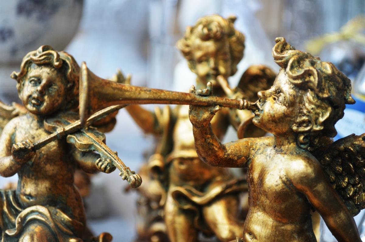 Angel golden