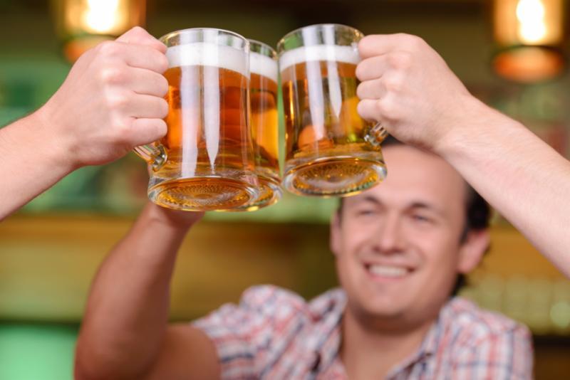 cheers_pub_beers.jpg