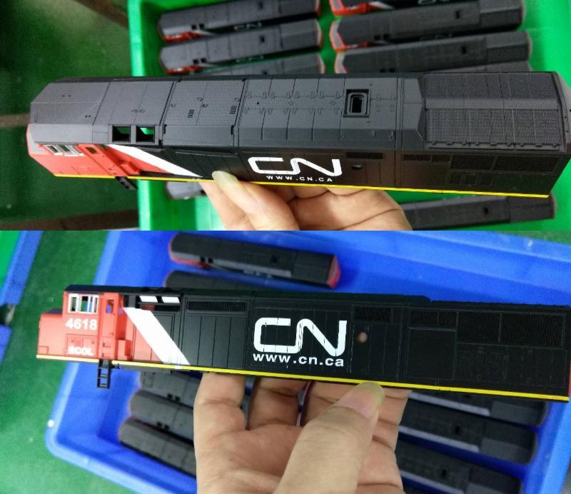 CN Dash 8