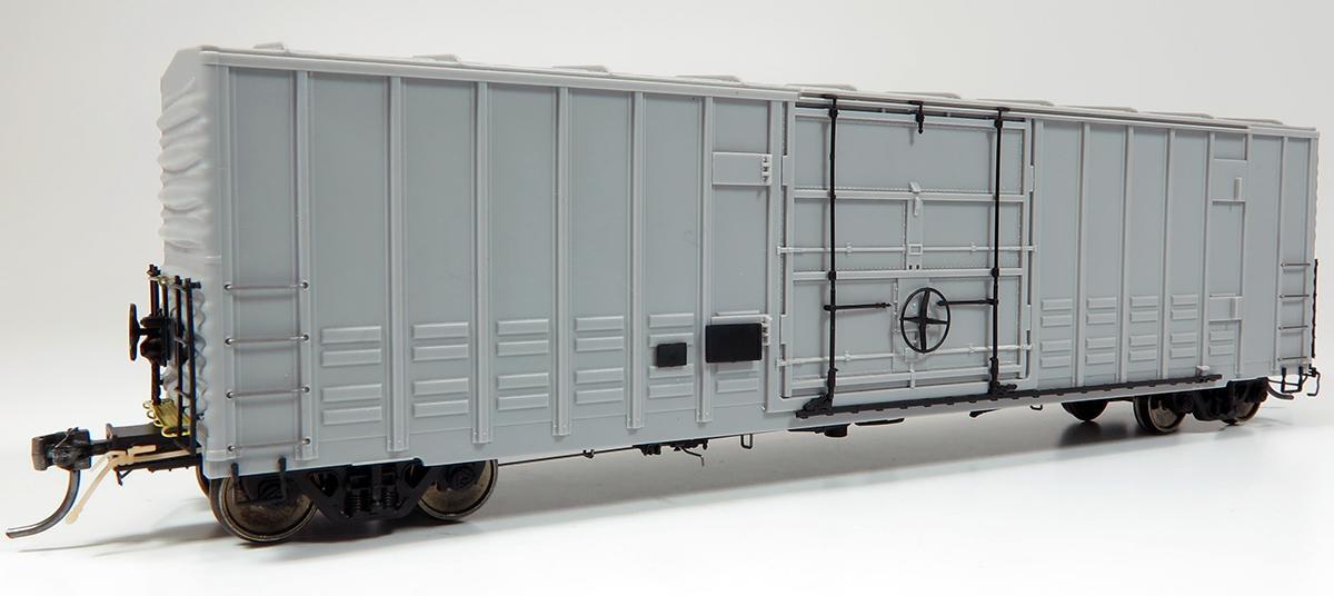 Rapido B-100 Boxcar