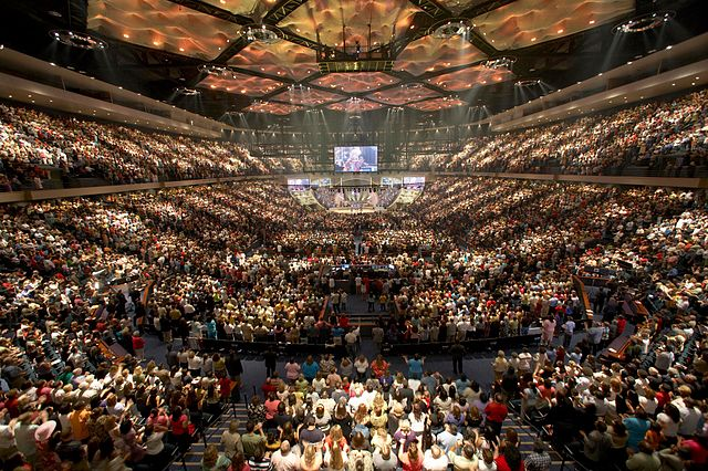 Lakewood Church_ Joel Osteen Ministries_ Inside the church