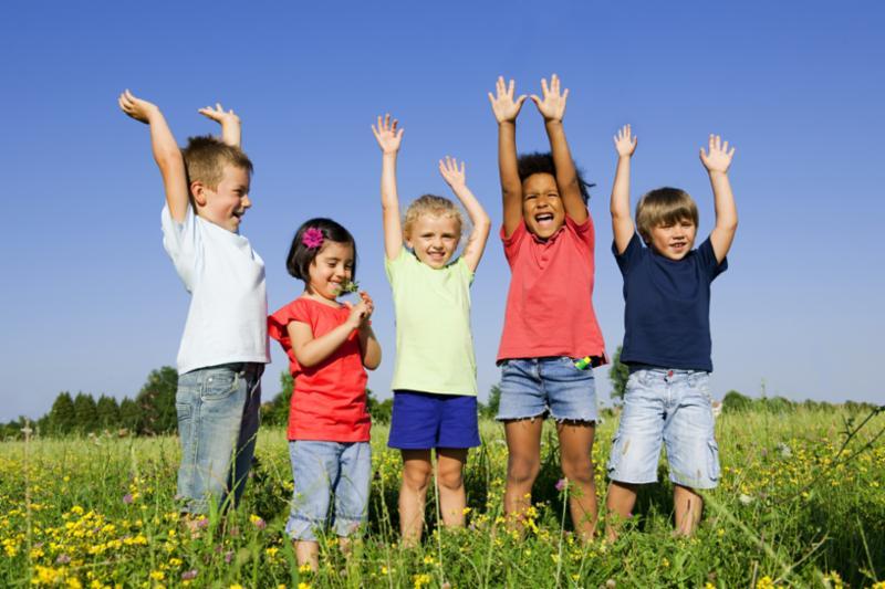 kids_hands_in_air.jpg