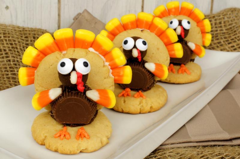 turkey_shaped_cookies.jpg