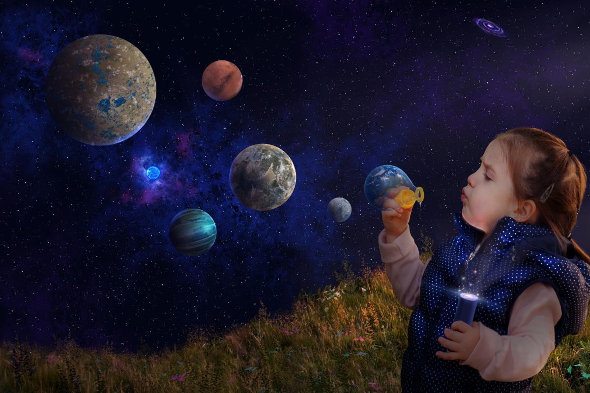 planets-6080704_1920.jpg