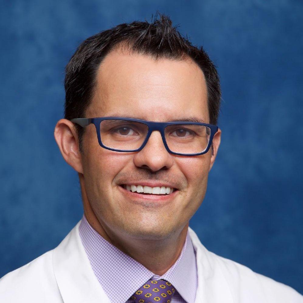 Dr. Carlos Quintero