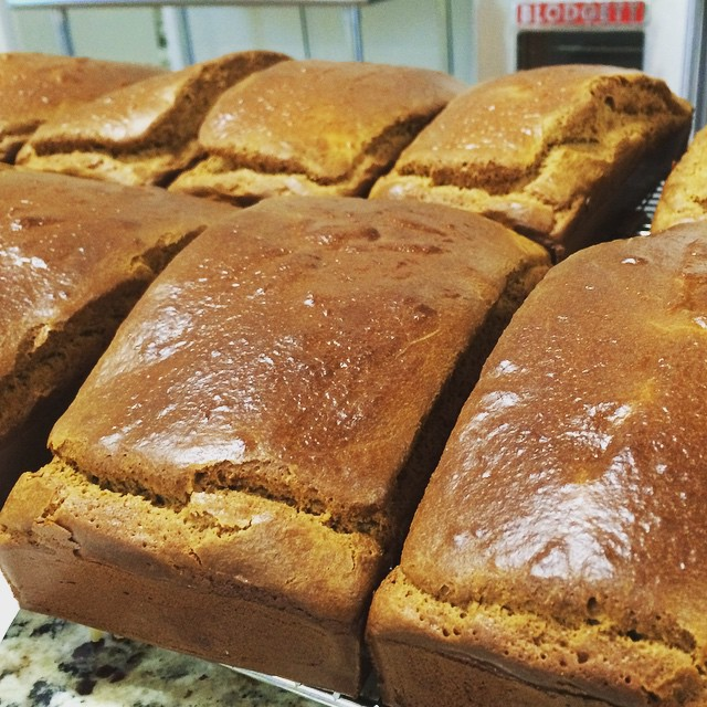 Cashew Creme Bread fresh outta the oven!! If you're wanting a bread that stands up to those gluten foes, look no further. This baby delivers! #cashewbread #scdiet #SCD #gaps #nomads #irontribe #crossfit #crohns #asd #adhd #autism #autoimmunepaleo #primal