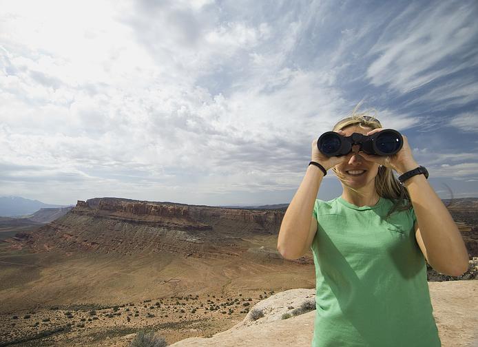 binoculars.girl.jpg