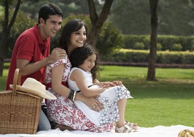 picnic-family-portrait.jpg