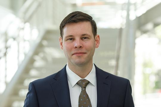 David Gargaro, GSPM student, formal shot in suit