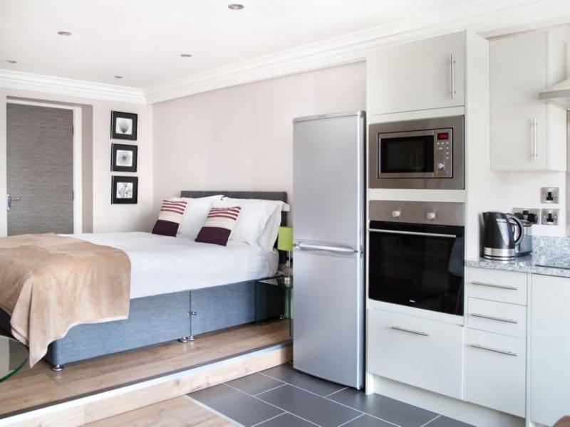 Studio Apartment - Harrogate Lifestyle Apartments hotel alternative