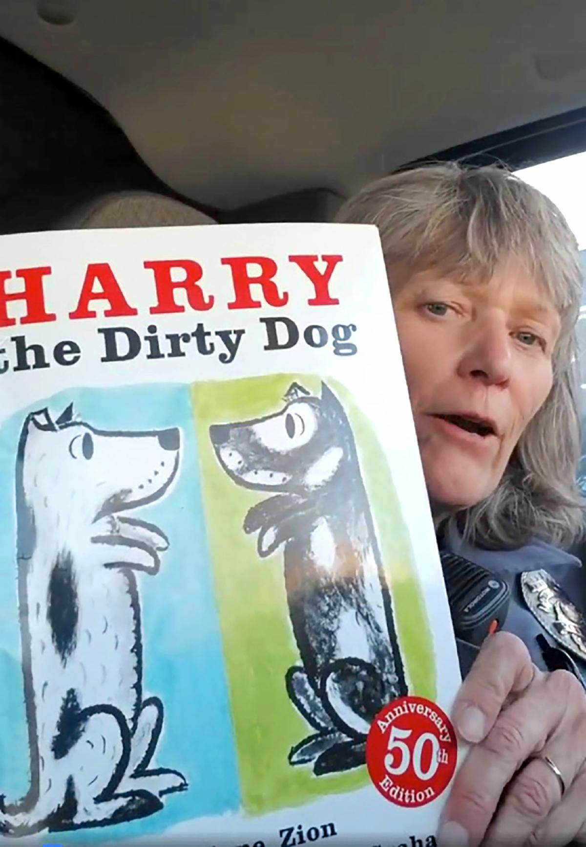 Donna Shepard reading Harry The Dirty Dog
