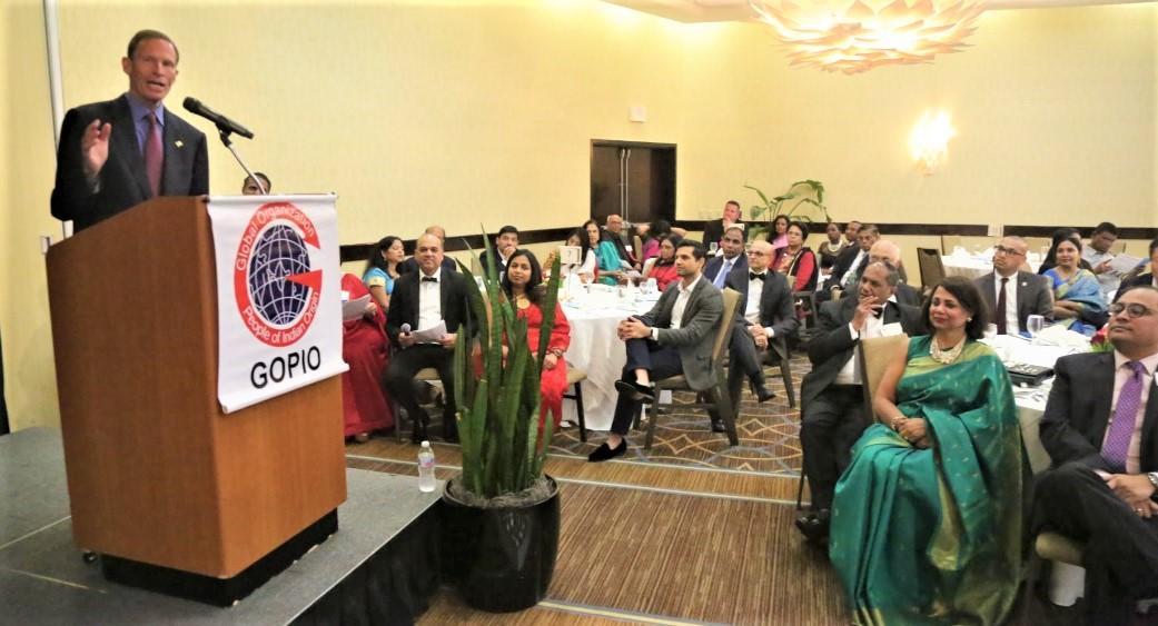 US Senator Richard Blumenthal speaking at the banquet