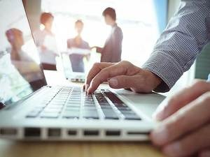 economic times newsKerala to set up electronic manufacturing hub
