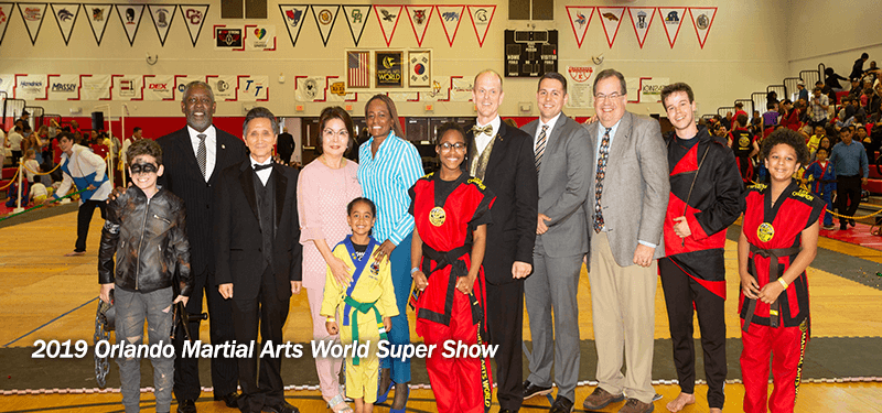 Mayor Demings at the 2019 Orlando Martial Arts World Super Show