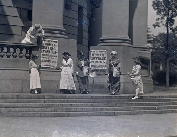 Suffragettes in New Haven
