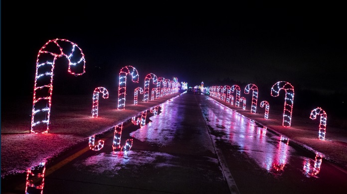 Magic of Lights at Oakdale Theater