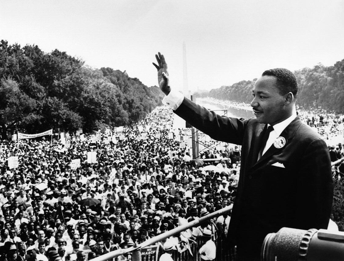 MLK before giving speech at Lincoln Memorial