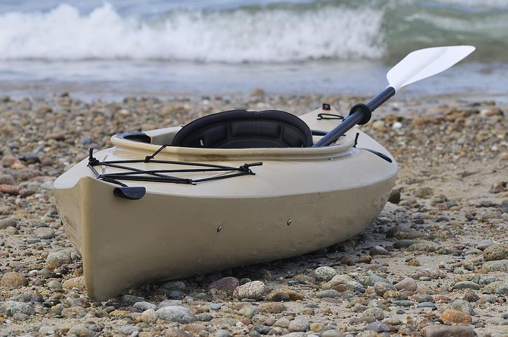brown_kayak.jpg