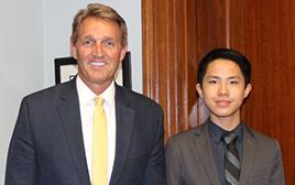 Kellen Vu with Senator Jeff Flake