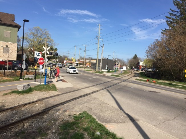 Spurline Trail Union Street Crossing