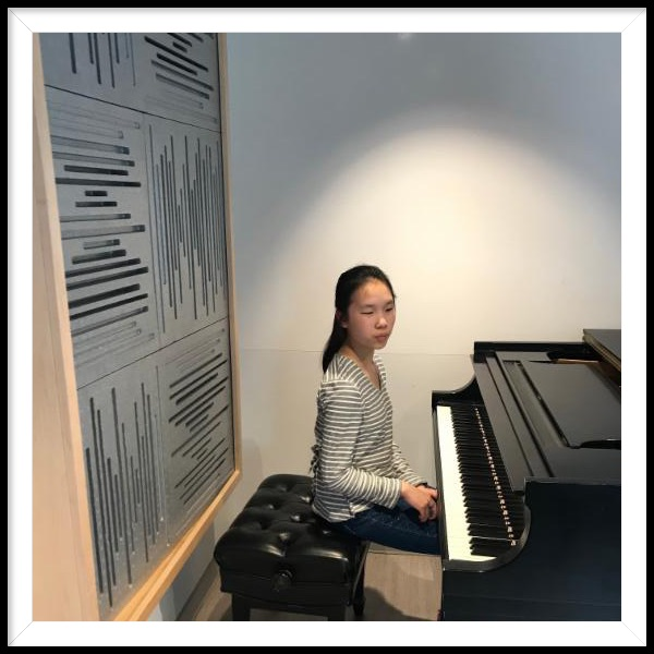 Madeline Mau at piano
