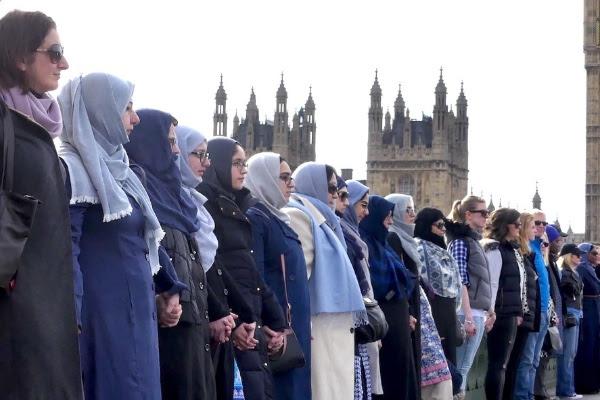 Women in solidarity on Westminster Bridge