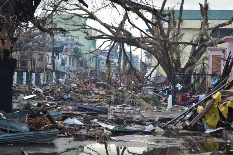 Typhoon Haiyan photo.