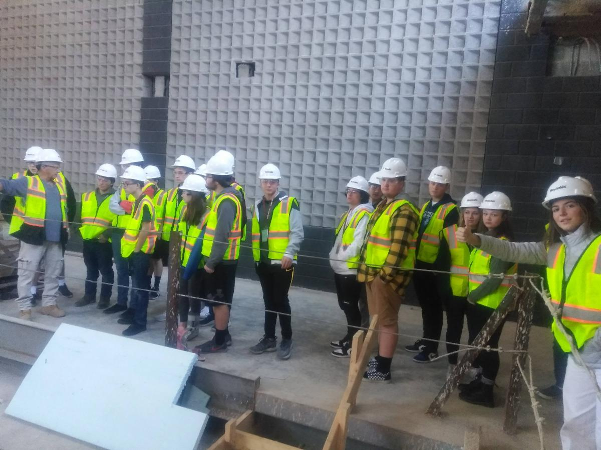 students on the constructin site