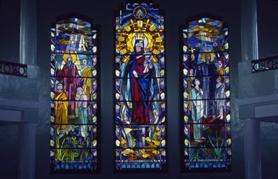 jesus-stained-glass.jpg