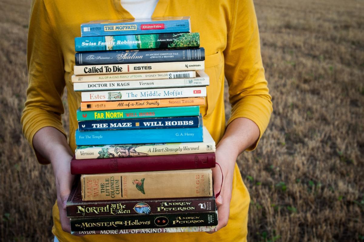 books-1605416_1920.jpg