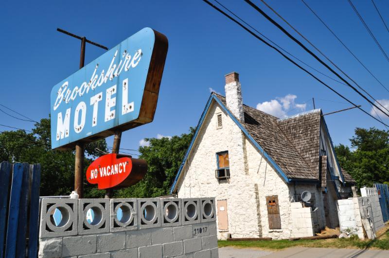 News Round Up Brookshire Motel Catches Fire