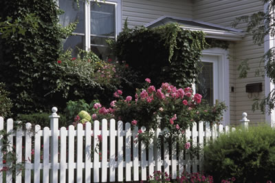 garden-fence-home.jpg