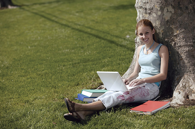 tree-laptop-girl.jpg