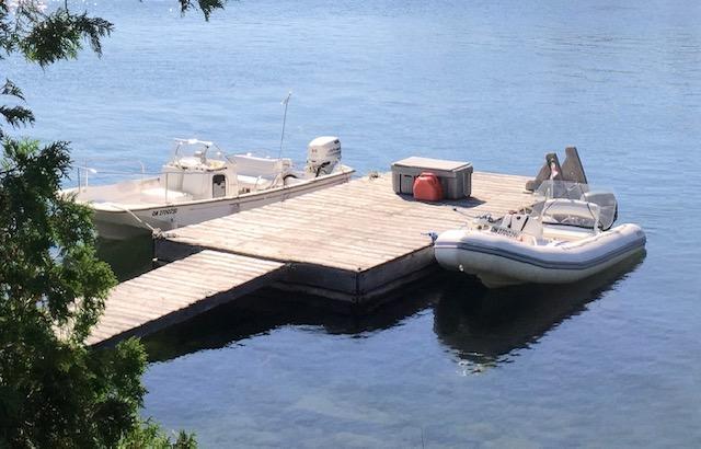 Hitchcock dock
